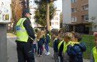 Sprehod skozi mesto v spremstvu policije