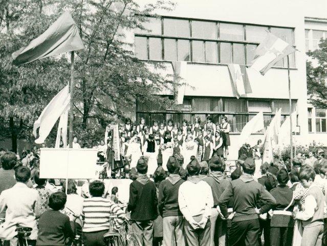 0105_proslava-1972